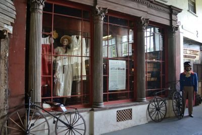 Snargate Street Shop